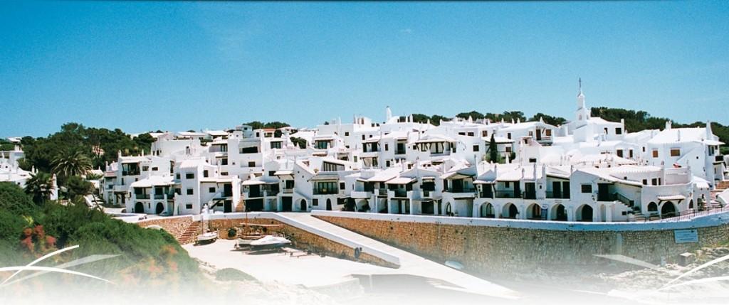 Vista de Binibeca, Menorca.