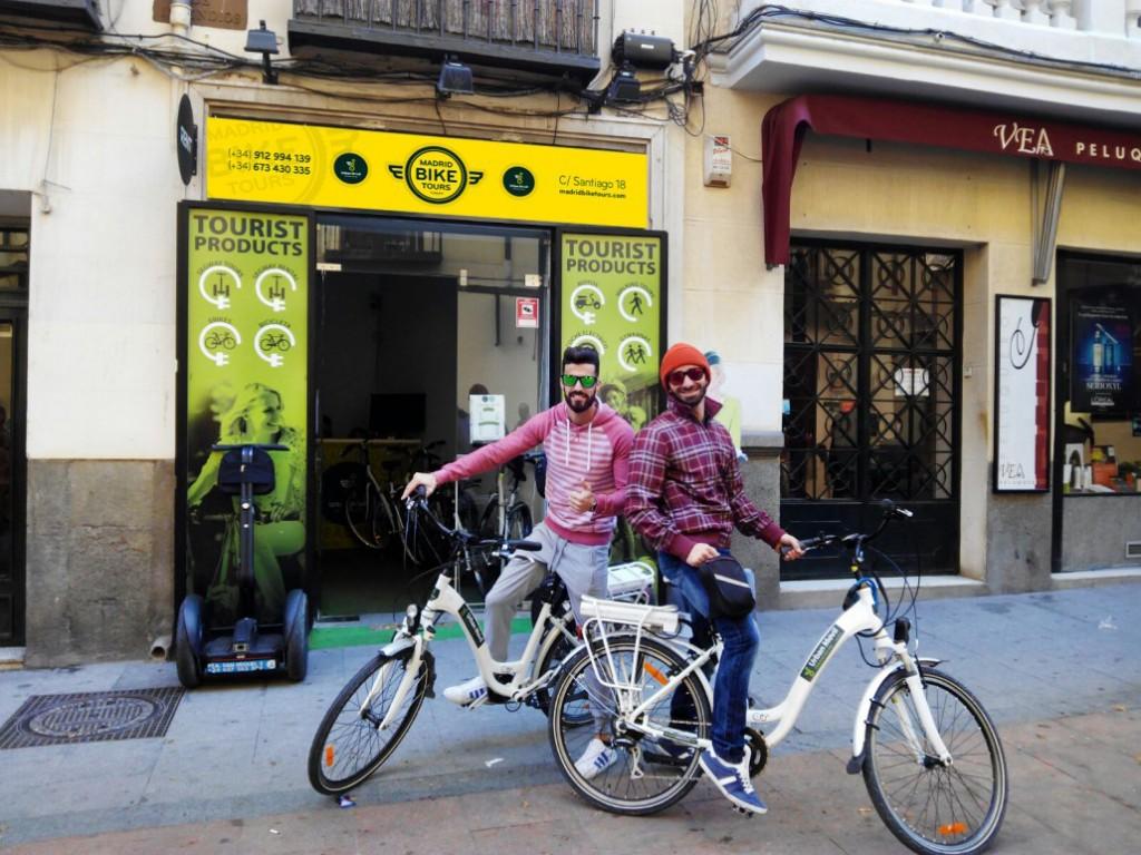 local-santiago-bike-1030x773