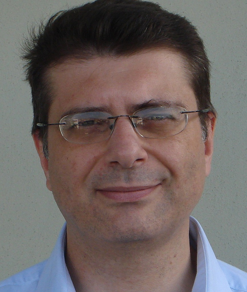 "Domenico Moro, sociólogo italiano, autor de ""Bilderberg. La elite del poder mundial""."