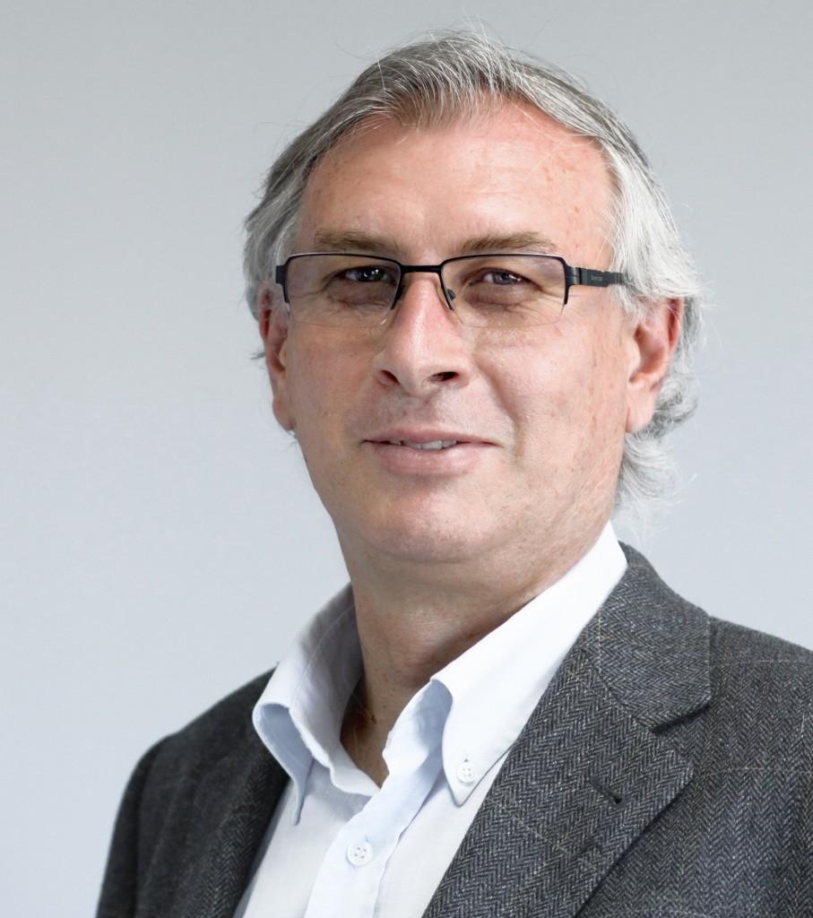 Joan Ramon Sanchis Palacio, Catedrático de Organización de Empresas y autor del libro «¿Es posible un mundo sin Bancos?»