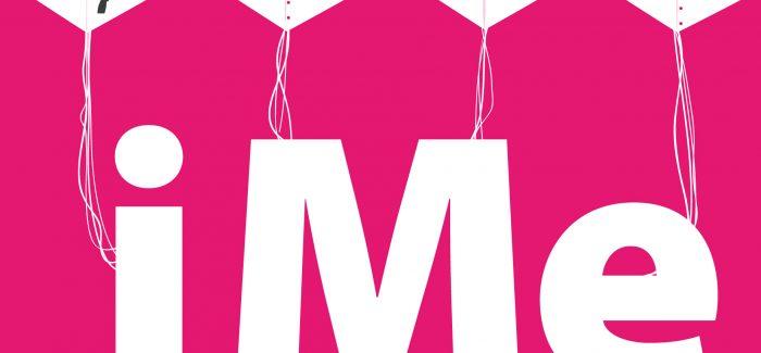 Una comedia profética y distópica sobre las Redes Sociales: 'iMe', de Roc Esquius