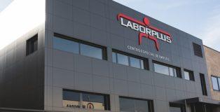 Edificio de LABORPLUS, en la calle Químicas nº14, de Alcorcón (Madrid).