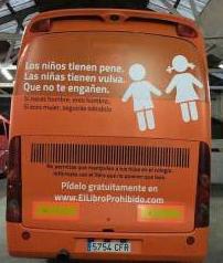 Hazte Oír, el autobús de la ignorancia y de la intolerancia que recorre Madrid
