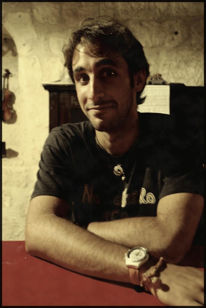 El escritor y periodista, Jorge García Torrego, autor de 'Convivir poesía /Conbeber poesía. El fenómeno poético de las jams sessions y la poesía oral en el Madrid del siglo XXI'.