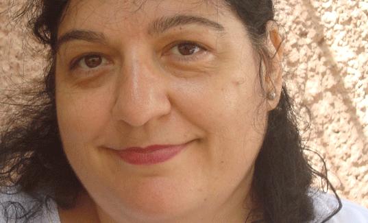 La guerra y sus devastaciones en el poemario 'Las naciones hechizadas', de Viviana Paletta