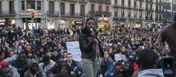 Continúan las movilizaciones en Madrid para apoyar a los migrantes encerrados en Barcelona.