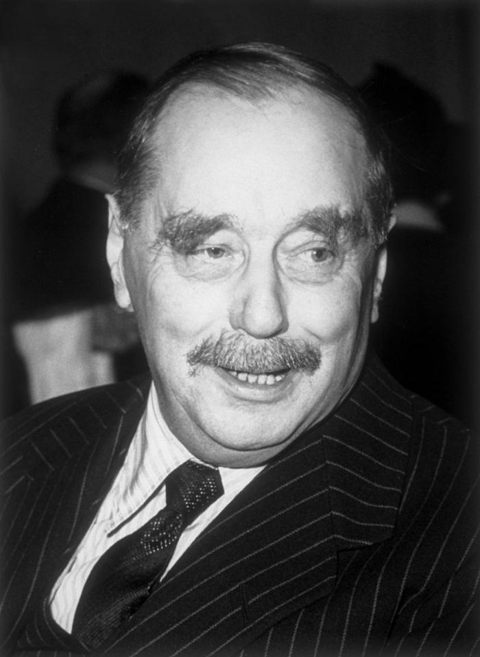 Herbert George Wells (Bromley; 21 de septiembre de 1866-Londres, 13 de agosto de 1946 ), más conocido como H. G. Wells; escritor, novelista, historiador y filósofo británico.
