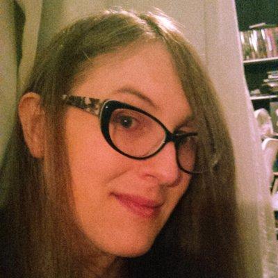 La colorista y portadista de 'Angel Catbird', Tamra Bonvillain.