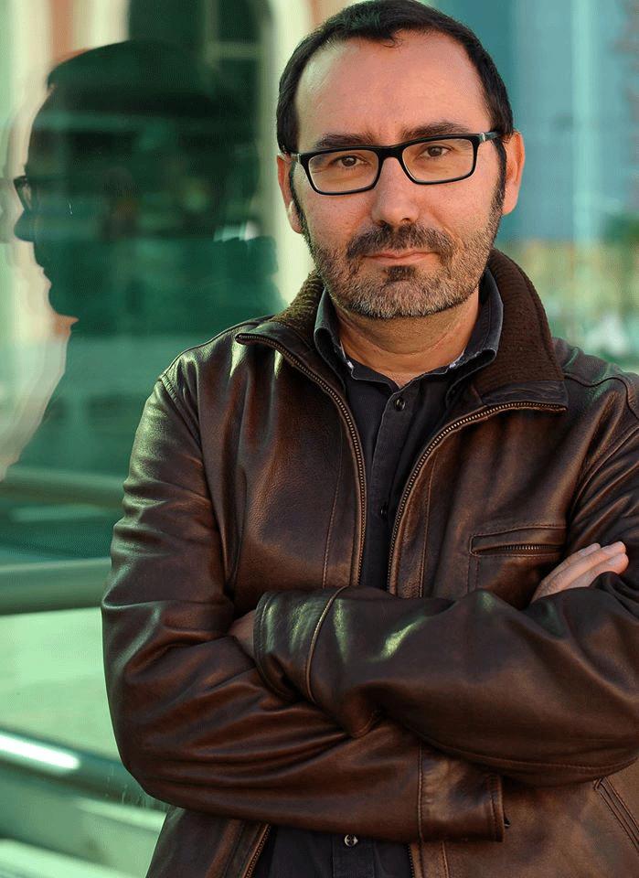 El escritor Javier Morales, autor del libro 'El día que dejé de comer animales'.