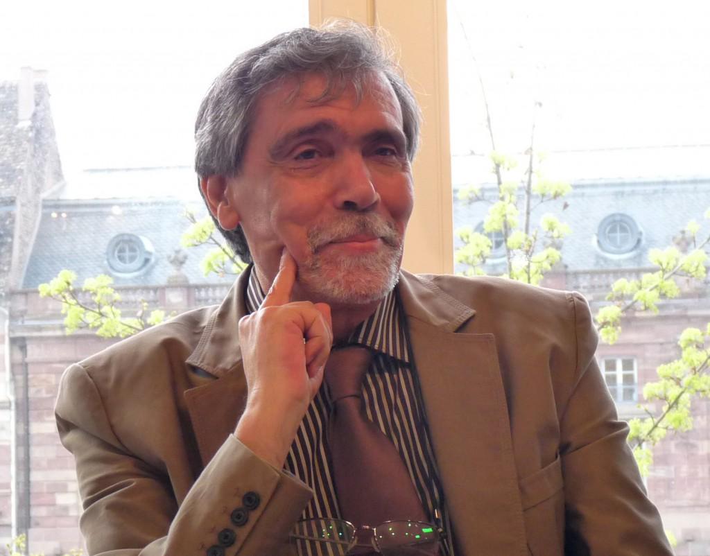 El escritor marroquí Abdelfattah Kilito, en la presentación del libro.