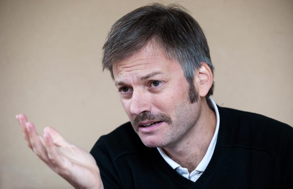 El escritor Juan Aparicio Belmonte. Fotografía: Miguel Garrote.