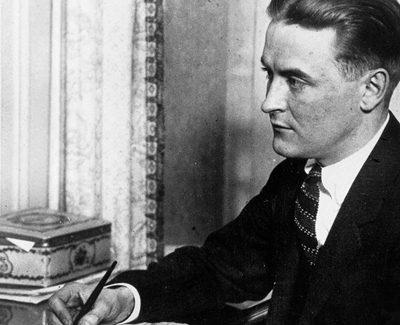 Los locos años veinte, según Scott Fitzgerald: una nueva traducción del cuento 'Sueños de invierno'