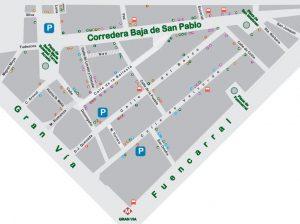 Malasaña/Triball es todo el área comprendida entre las calles de San Bernardo y Fuencarral, delimitado al norte por las glorietas de Bilbao y Ruiz Jiménez y al sur por la Gran Vía.