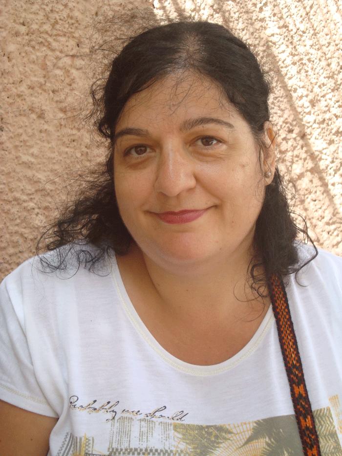 La escritora Viviana Paletta, autora del poemario 'Las naciones hechizadas'.