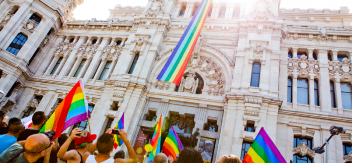 El Ayuntamiento de Madrid desplegará la bandera arcoíris el próximo jueves 28 de junio, coincidiendo con el inicio de la celebración del Día del Orgullo.