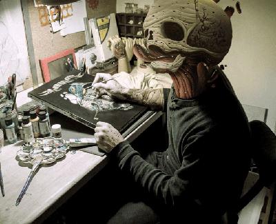 Veks Van Hillik, artista fotografiado por Dr. Case, expuesto en Symbiosis.