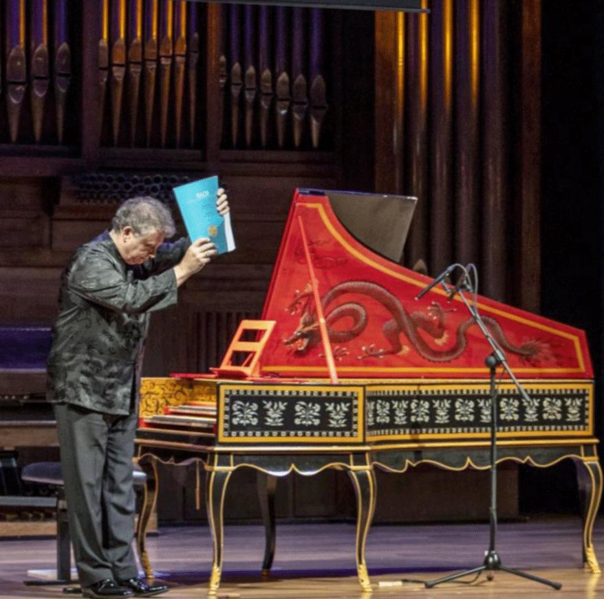 Richard Egarr, clavecinista británico, al finalizar el concierto.