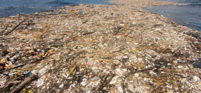 La bendición del plástico, el crecimiento del PIB o por qué el presente no existe