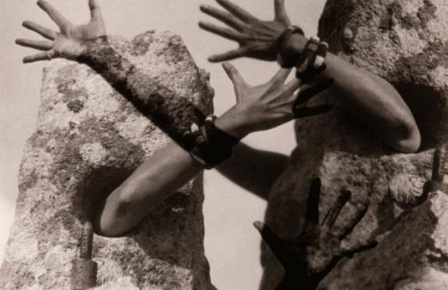 Conferencia 'El surrealismo al servicio de la revolución', dedicada a Claude Cahun, Mary Low y Nora Mitrani