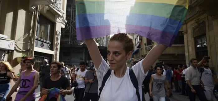 Las terapias para 'curar' la homosexualidad se pueden denunciar gracias a la Ley LGTBI de la Comunidad de Madrid