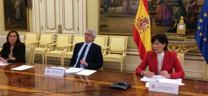 Existen rasgos más conservadores que progresistas en la educación española