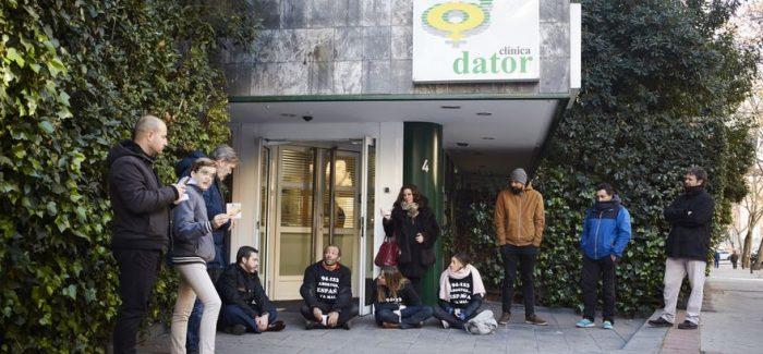 Europa Laica critica a la Conferencia Episcopal por justificar las manifestaciones contra las clínicas abortivas